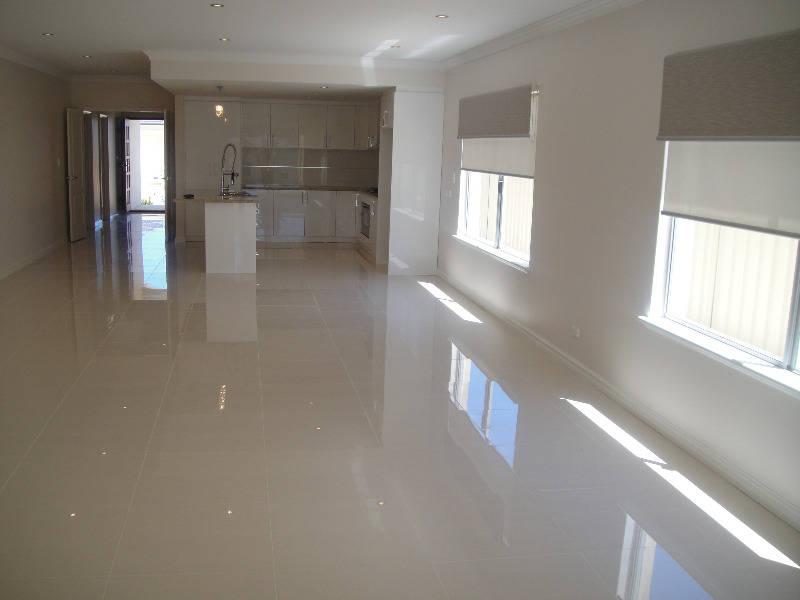 Polished Porcelain Tile 600x600   Build \'N Save